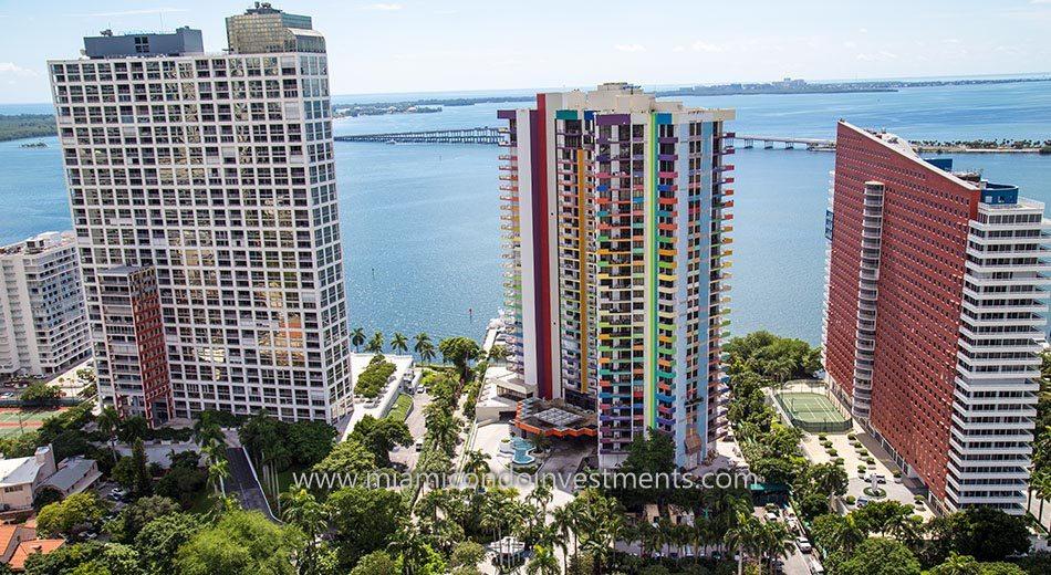 Villa Regina Miami condos