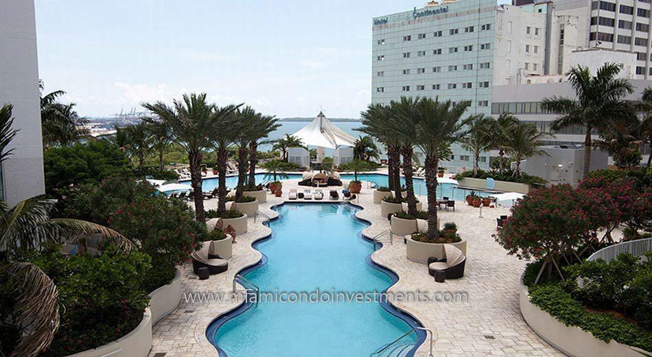 Vizcayne South tower miami condos pool 2