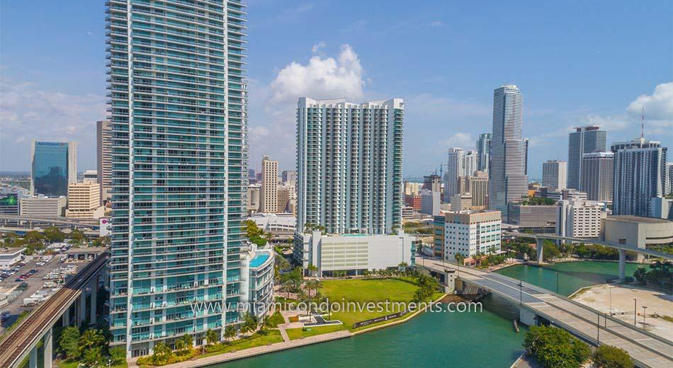 Wind Miami condos