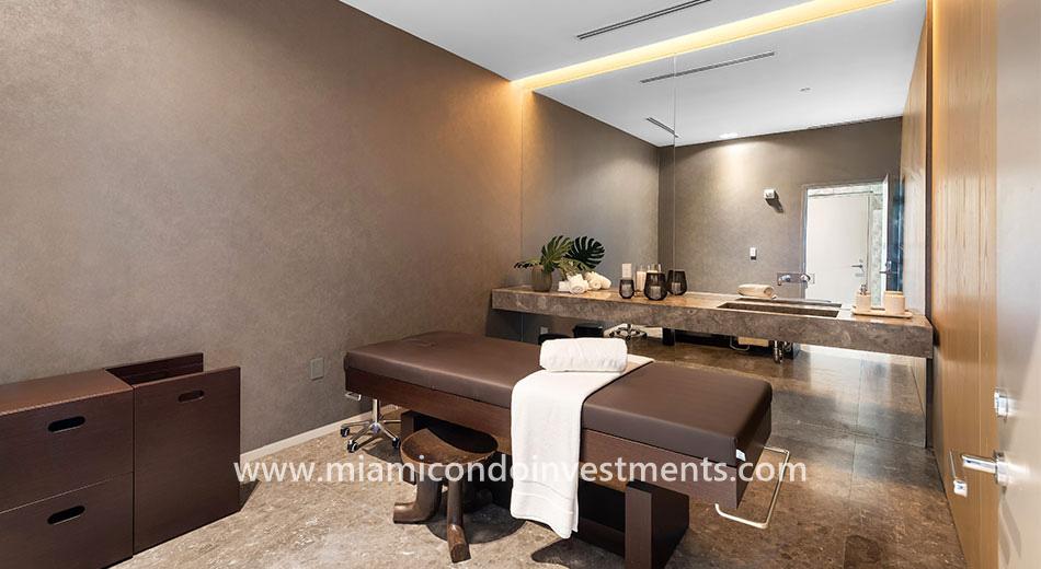 Gran Paraiso treatment room