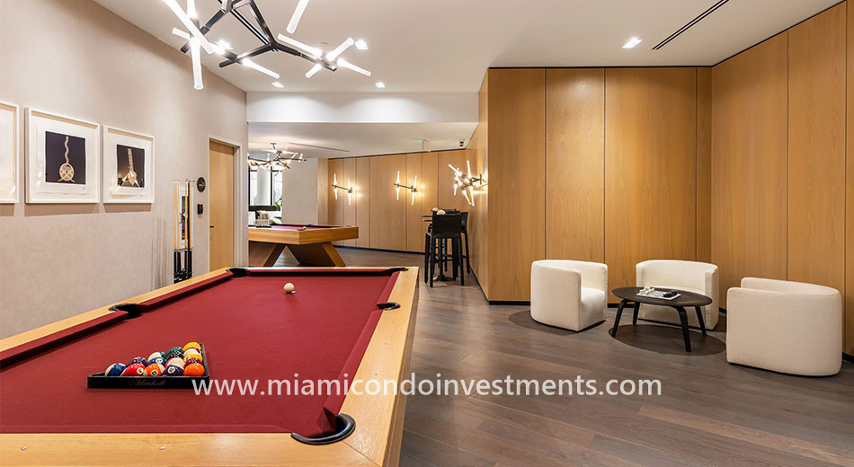 Gran Paraiso billiards tables