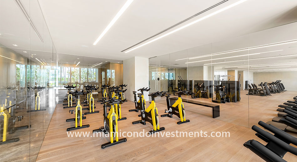 Gran Paraiso spin room and fitness center