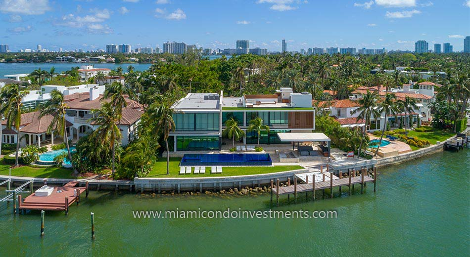 Hibiscus Island waterfront homes