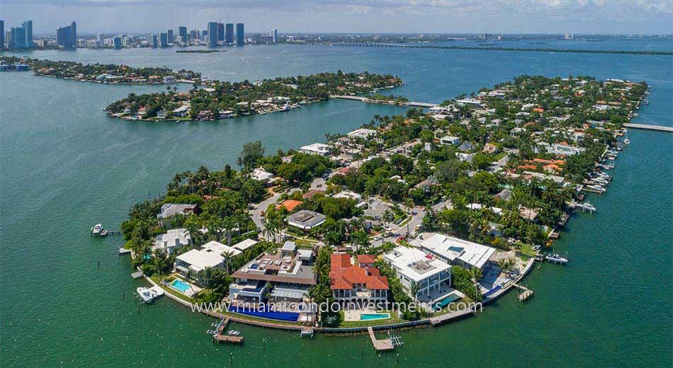Venetian Islands waterfront mansions