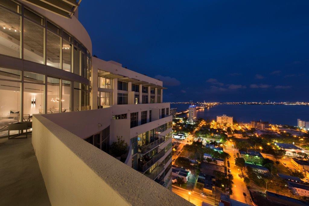09-Evening_Terrace