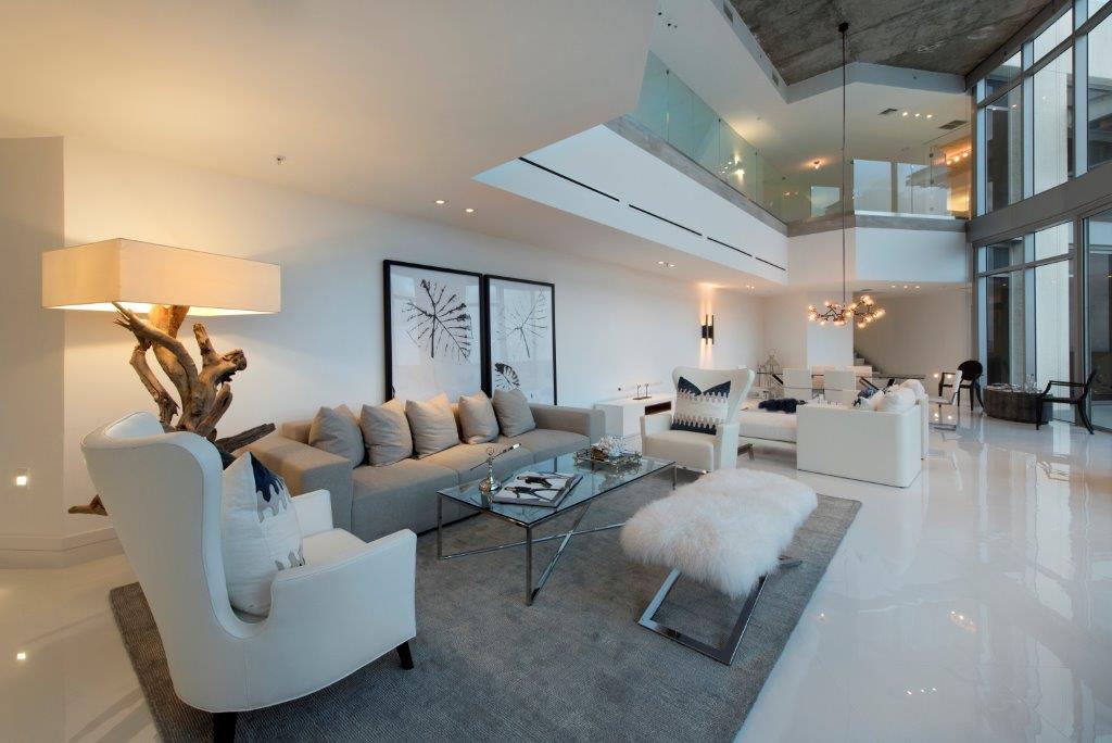 24-Living_Room