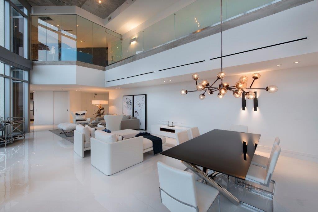 25-Living_Room