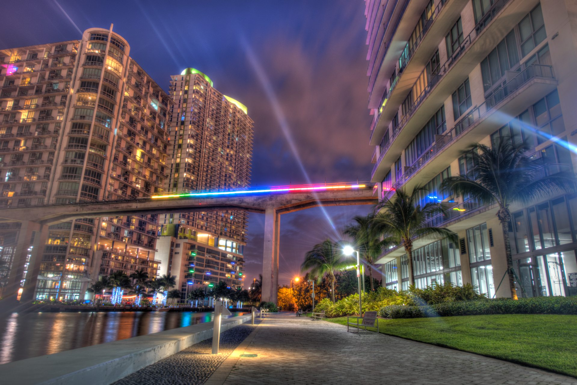Miami Line LIghting Phase I. Photo by Lucas Lechuga.