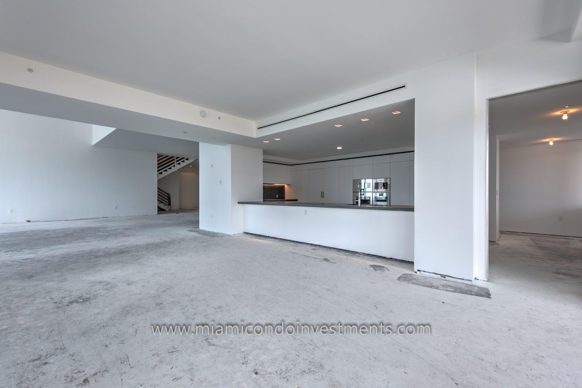 Palazzo Del Sol PH1 kitchen