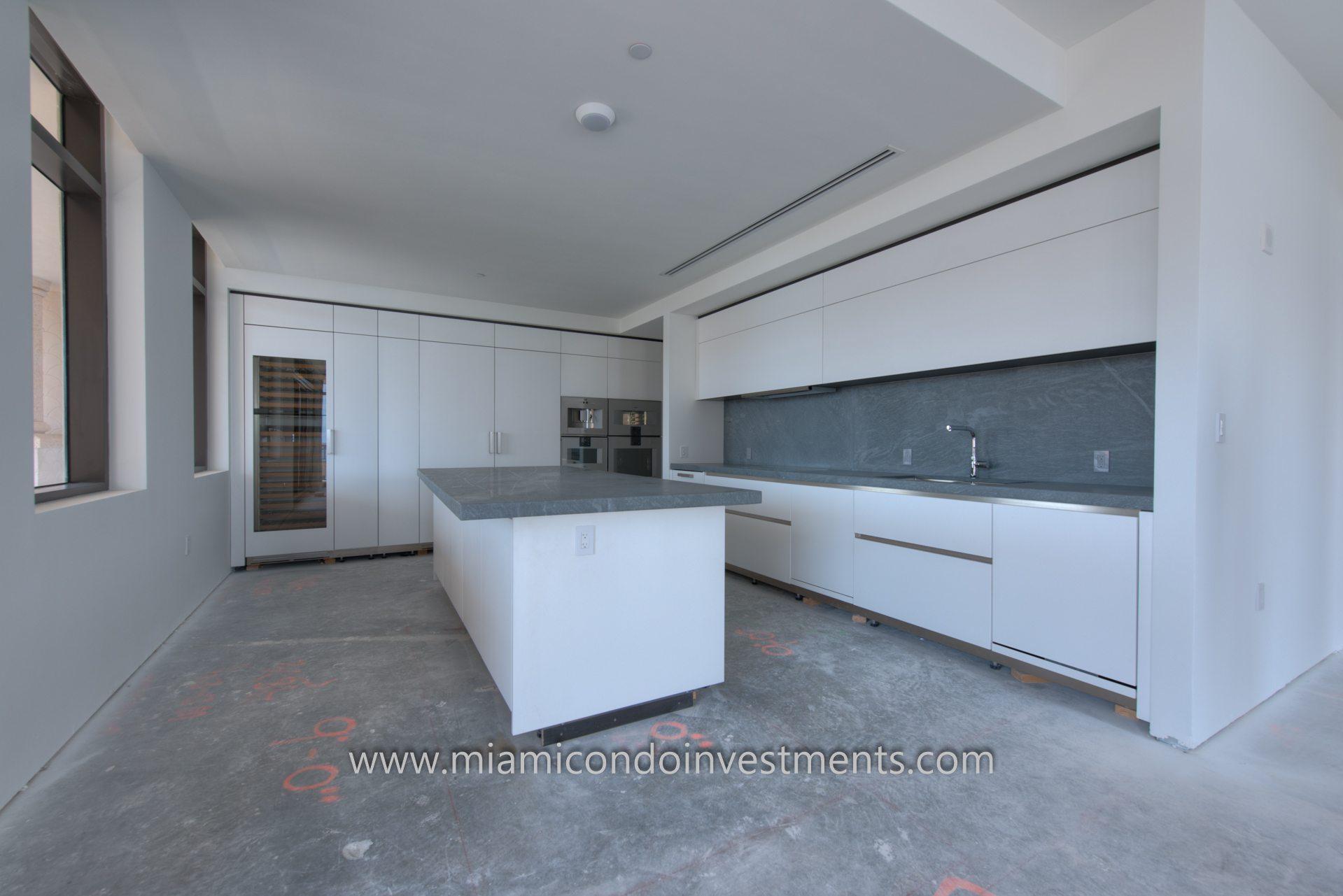 Palazzo Del Sol kitchen