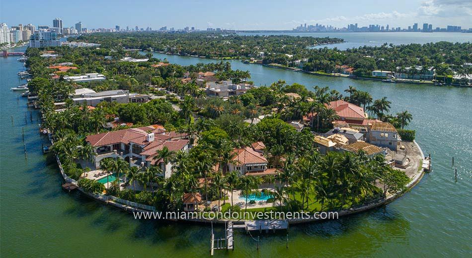 waterfront homes on Allison Island Miami Beach