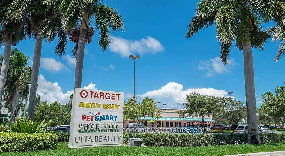 retail shops in Aventura Florida