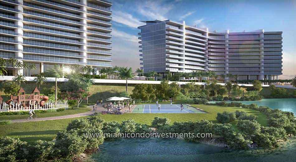 tennis courts at Prive Aventura