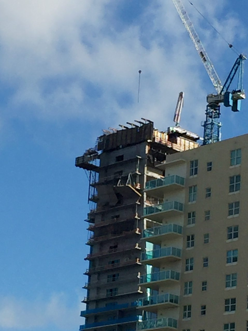 echo-brickell-construction-accident