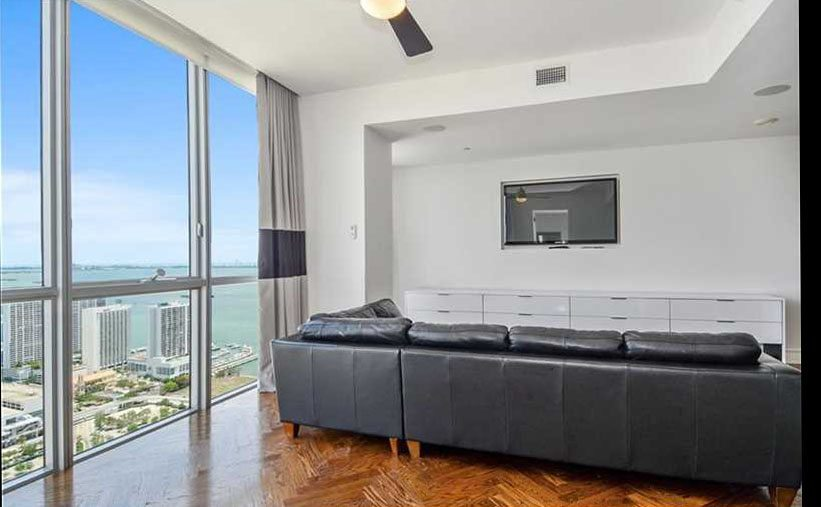 Mario Chalmers Penthouse (9)