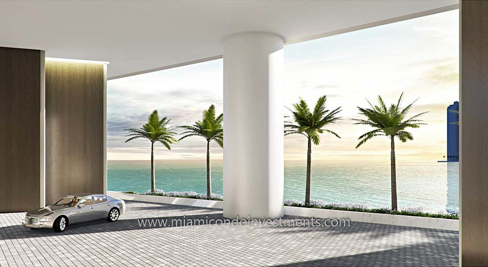 Aston Martin Residence porte-cochere