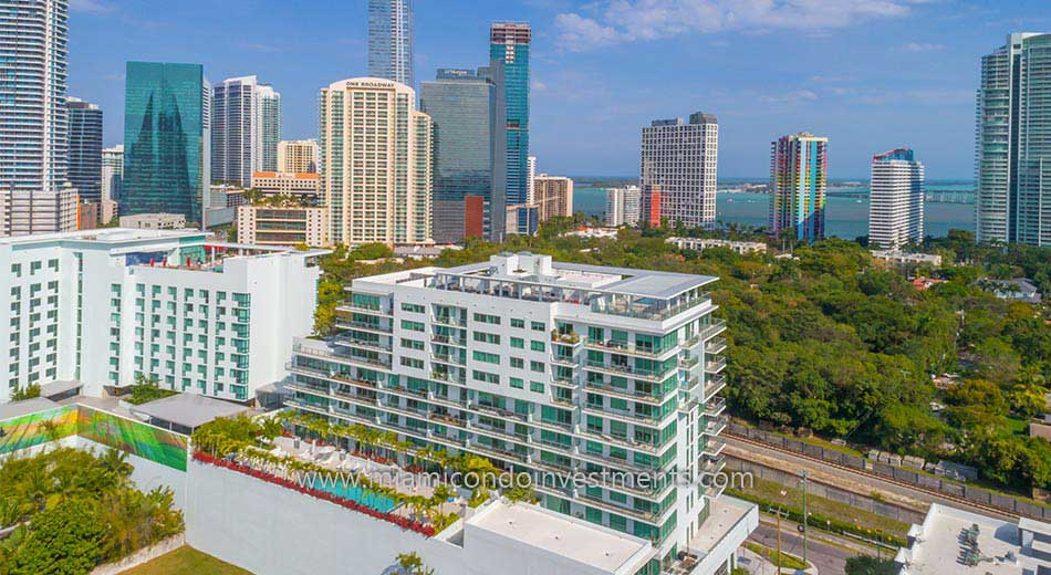 Le Parc at Brickell aerial photo