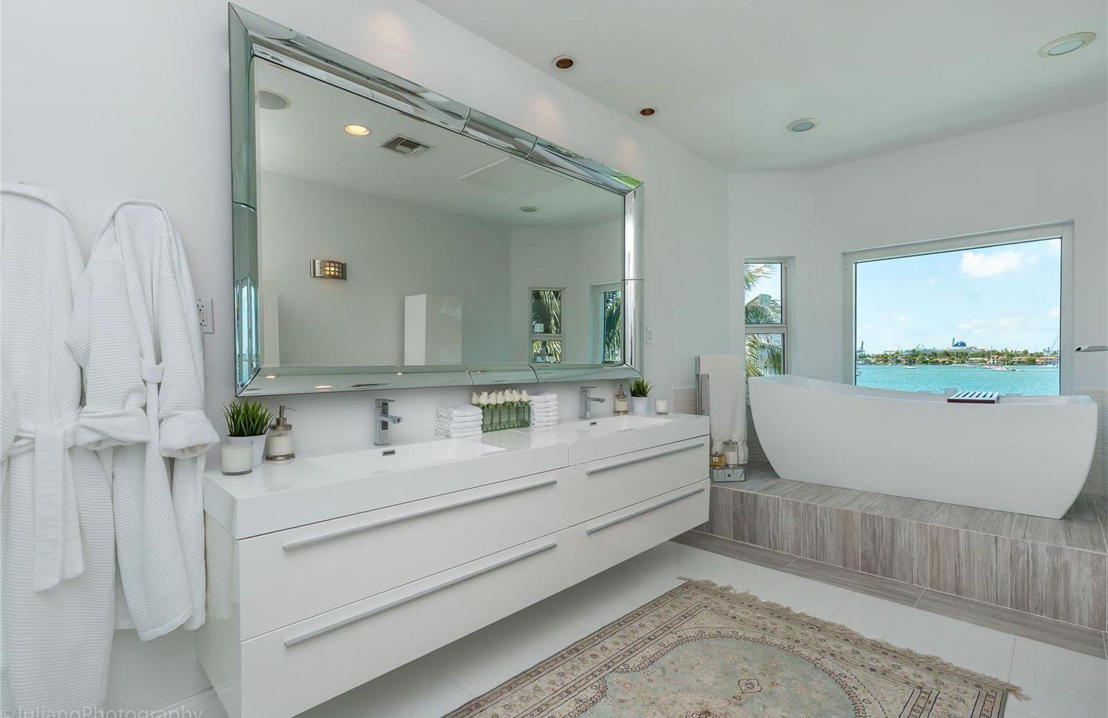Venetian Islands Master Bath