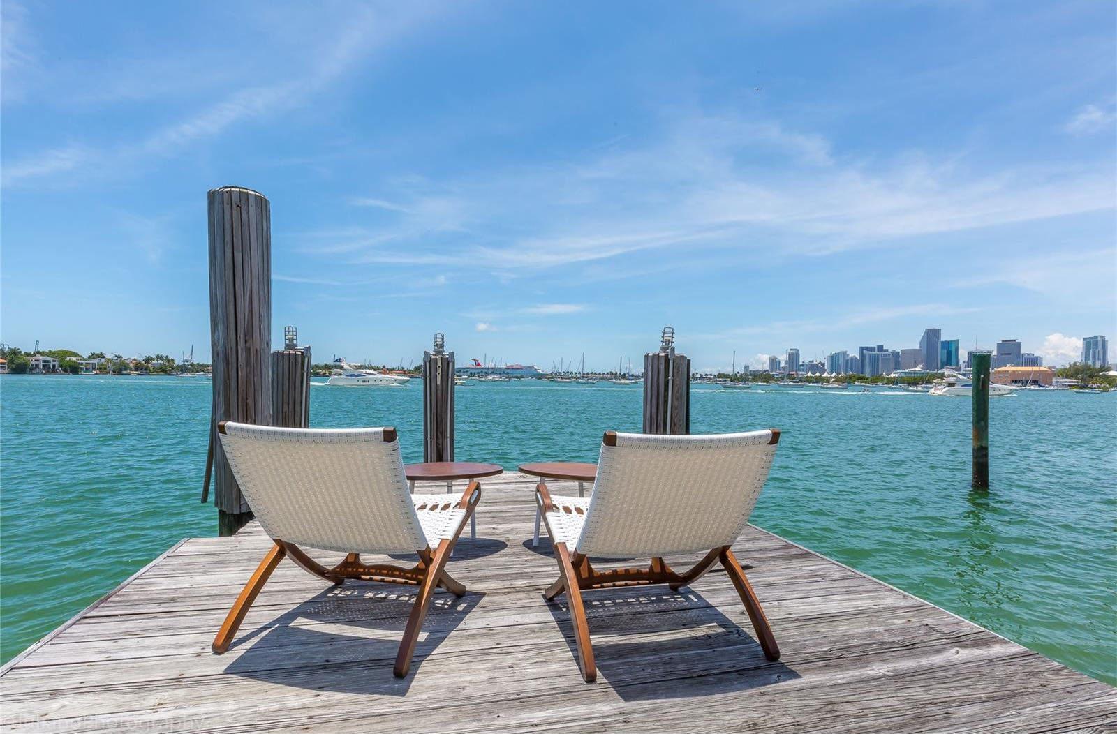Venetian Islands Waterfront (7)
