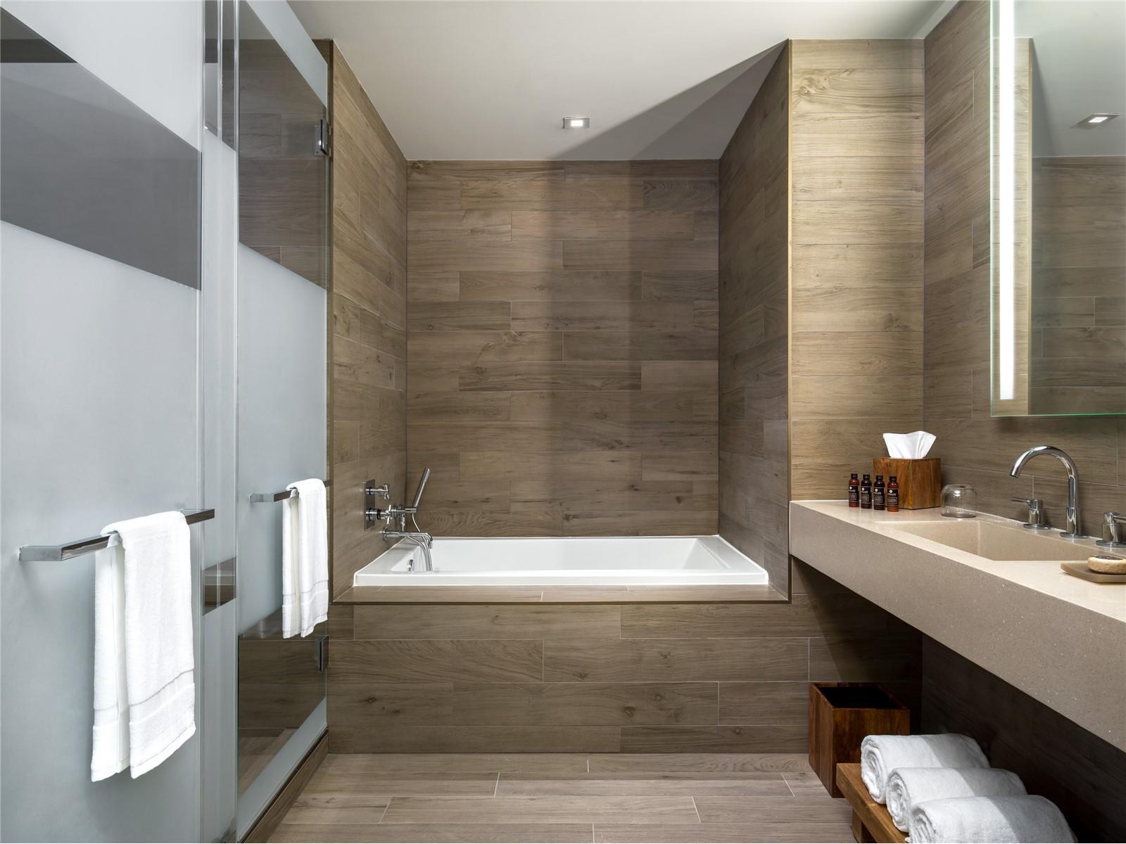 East Hotel Bathroom