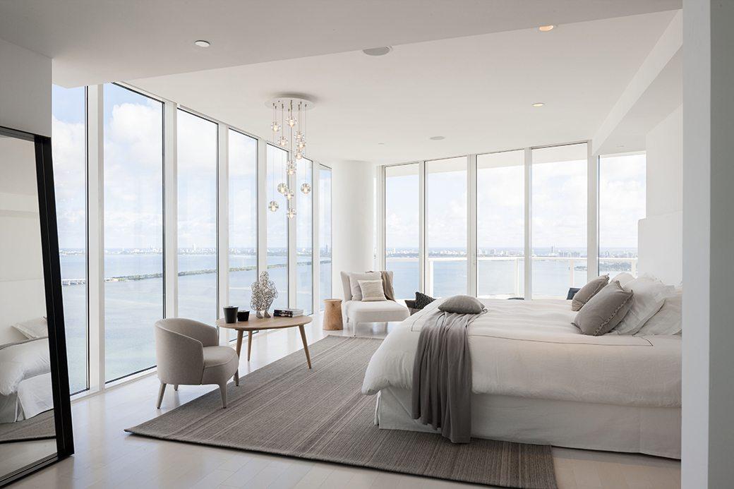 Paramount Bay PH4302 master bedroom 01