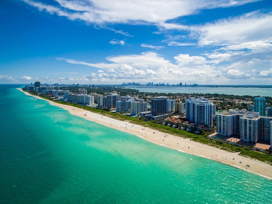 Bath Club Miami Beach 02