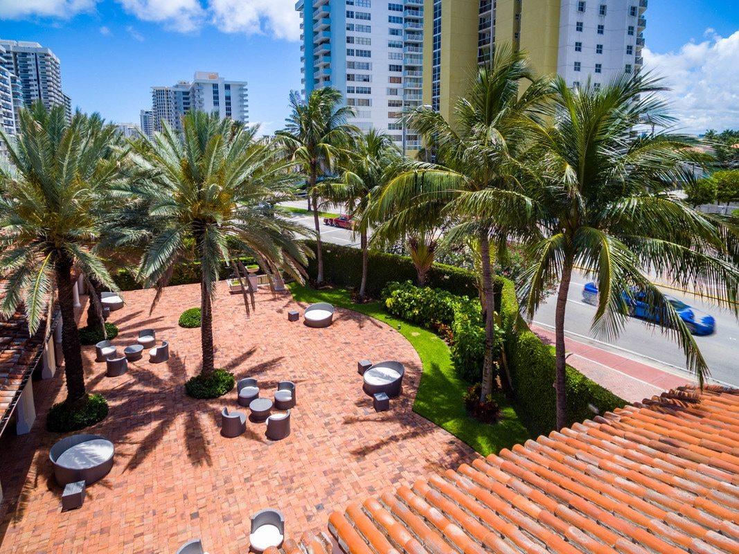 Bath Club Miami Beach 14