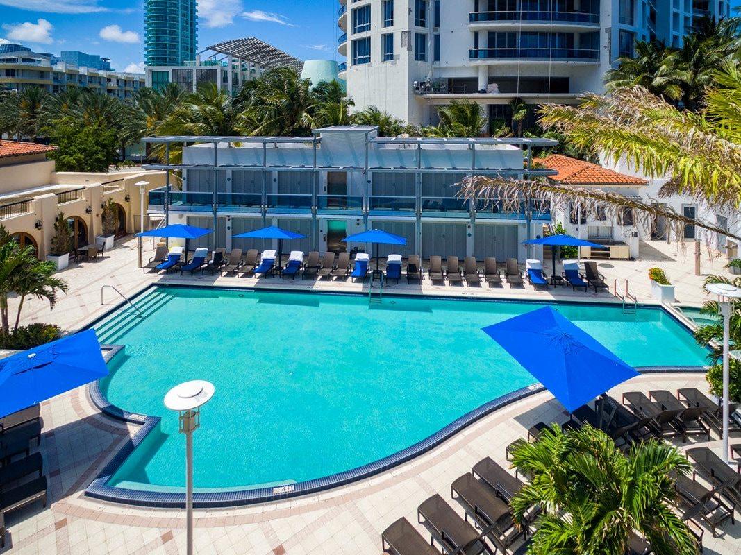 Bath Club Miami Beach 25