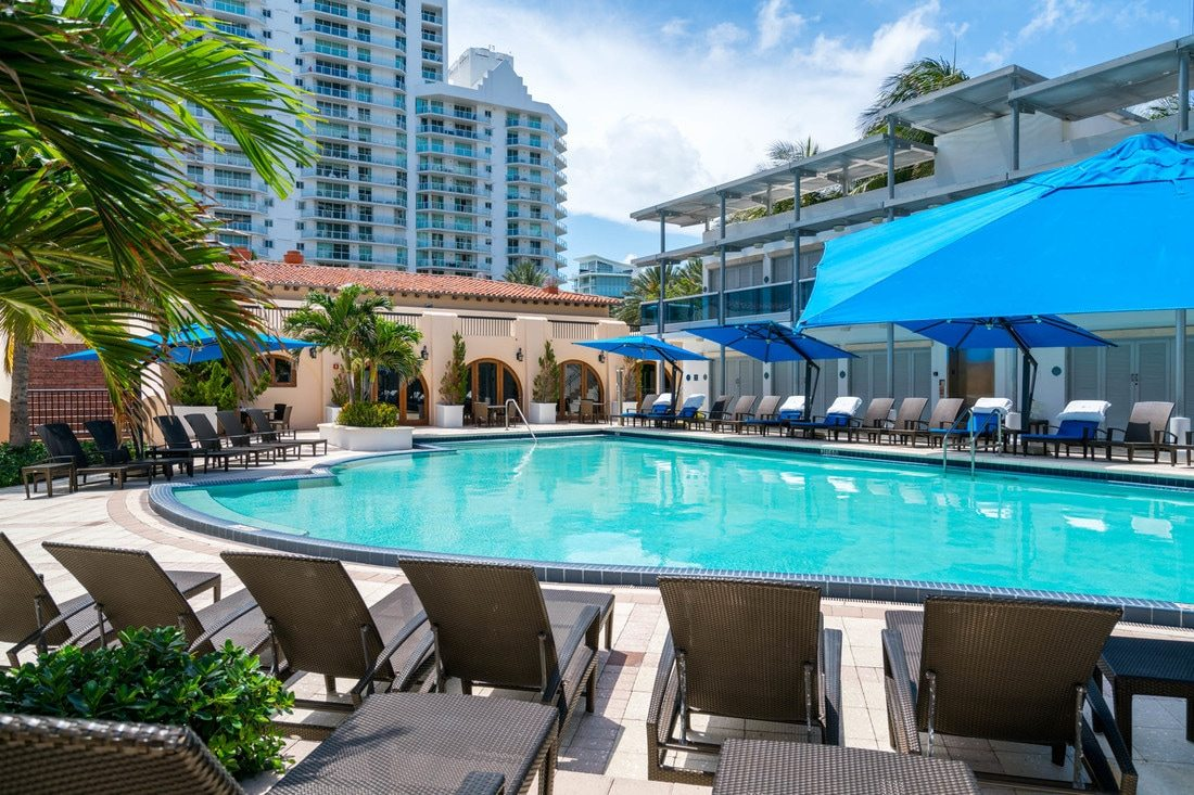 Bath Club Miami Beach 30