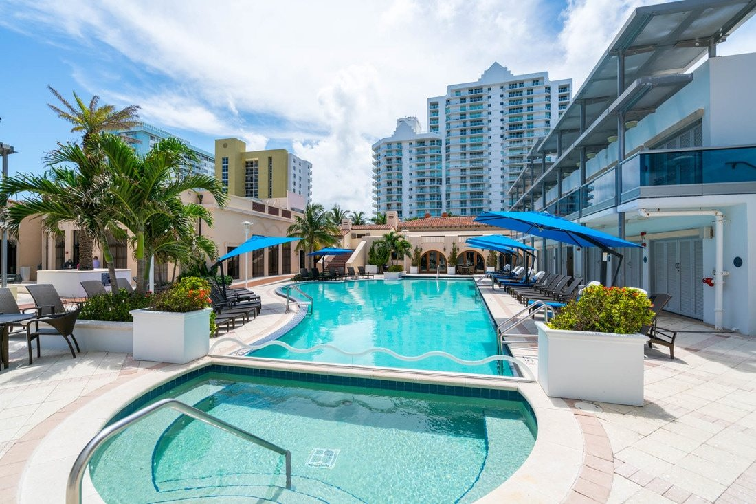 Bath Club Miami Beach 31