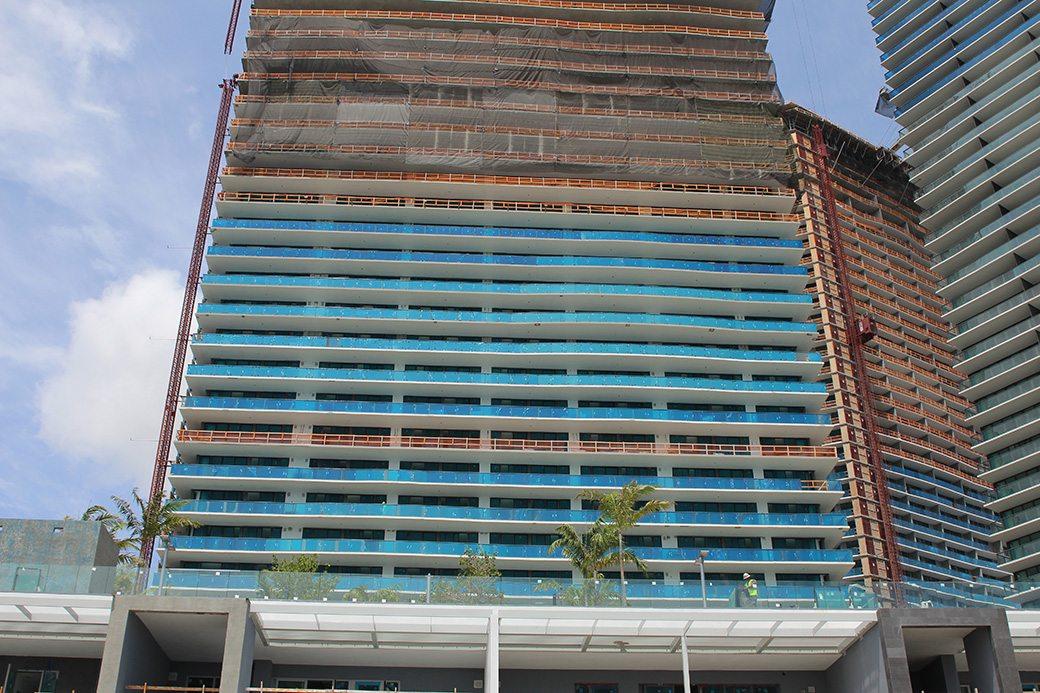 Paraiso Bay Condos May 2017_0530