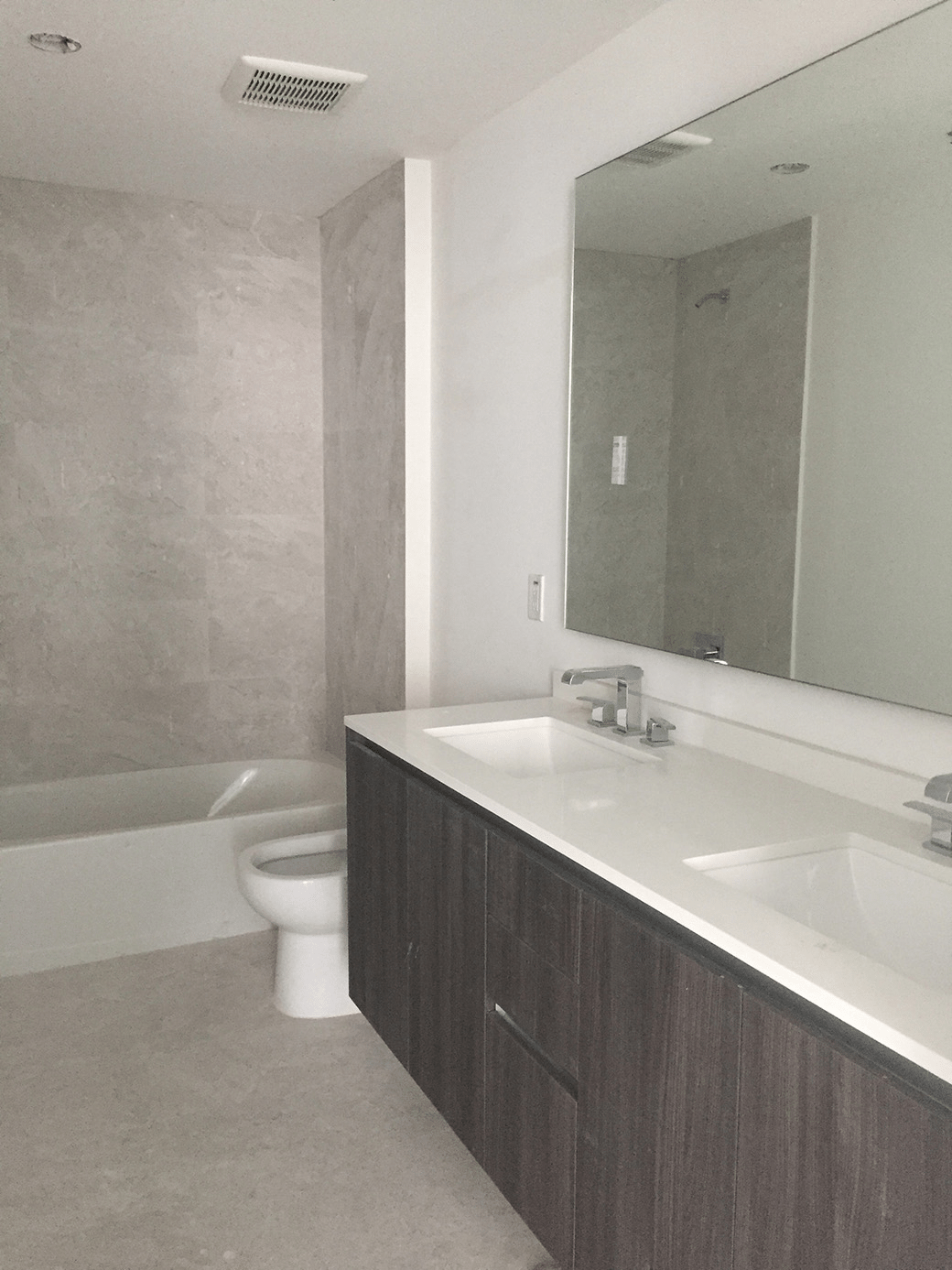 Aria on the Bay Guest Bath