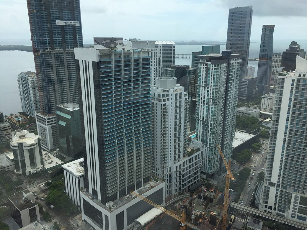 Brickell Heights East Rooftop View01