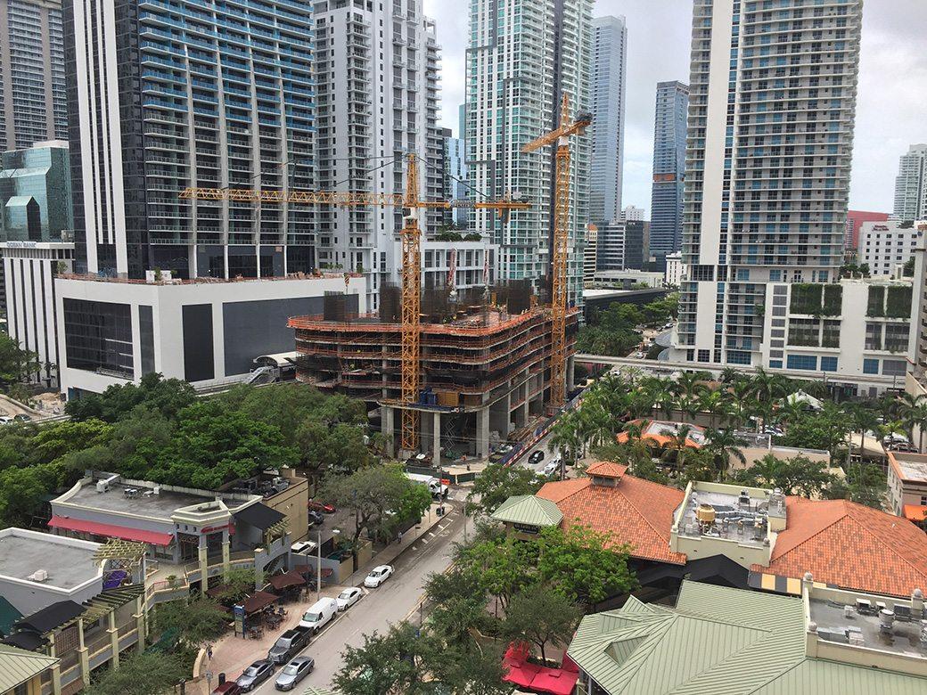 10th Floor City View
