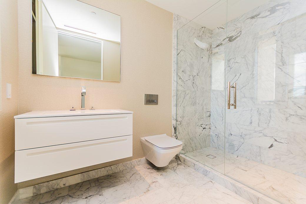 Palazzo Del Sol 7072 W Guest Bath