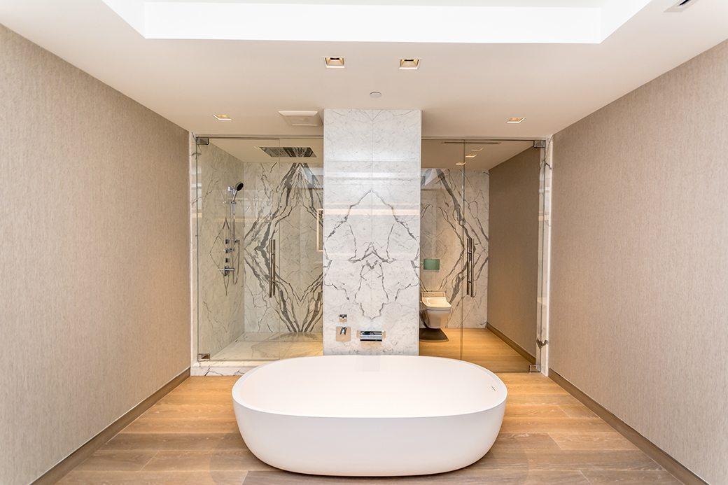 Palazzo Del Sol 7072 W Master Bath 01