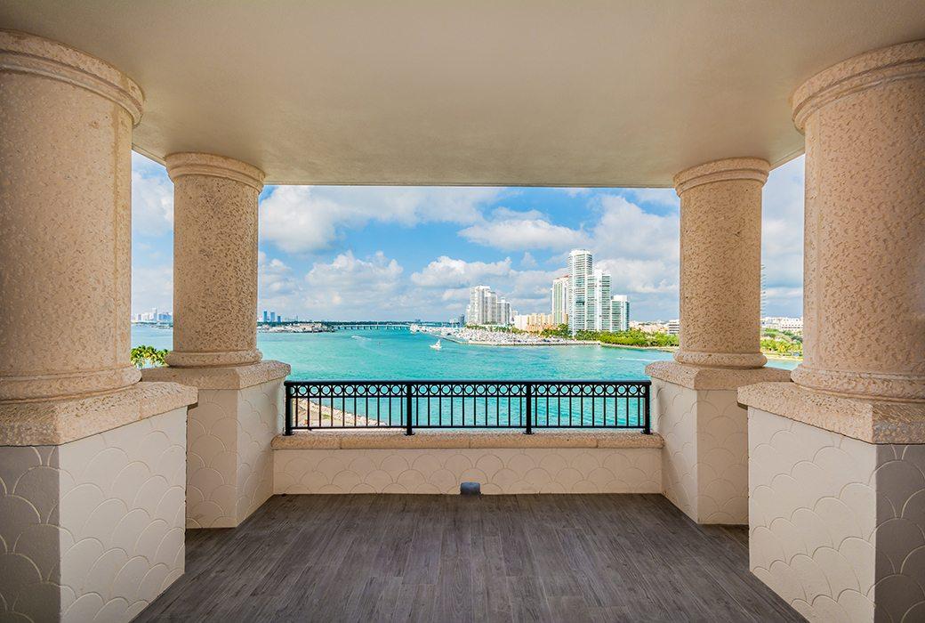 Palazzo Del Sol 7072 W Terrace 02