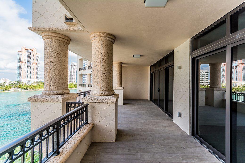 Palazzo Del Sol 7072 W Terrace