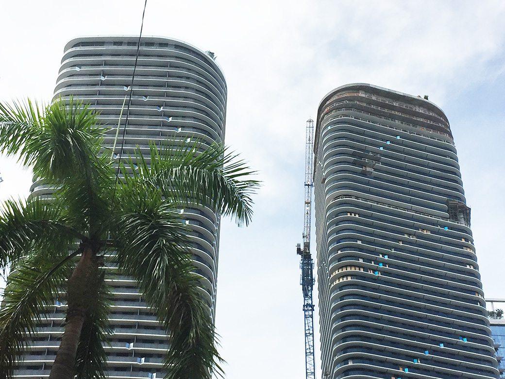 SLS Lux Tower Crane