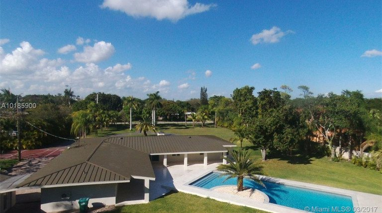 OJ Simpson's Former Miami Home Gets A Fresh Start