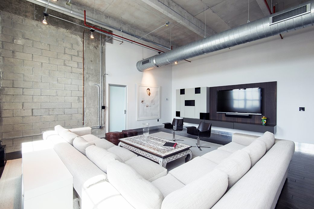 Parcloft 501 _Living Room 02