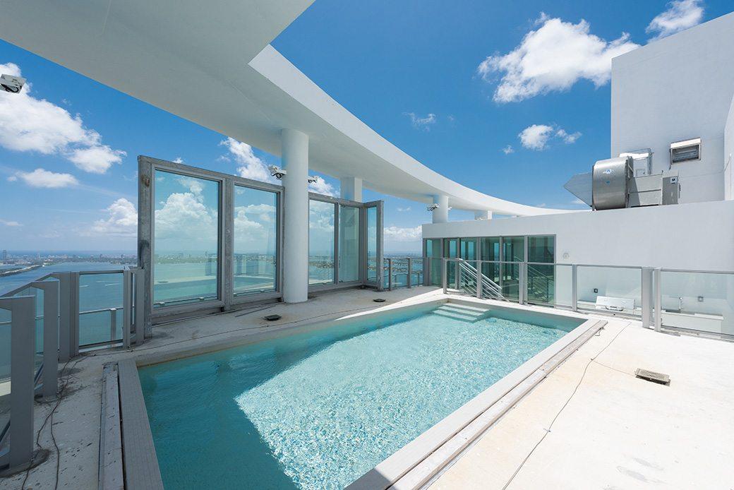 Biscayne Beach PH7 rooftop pool1