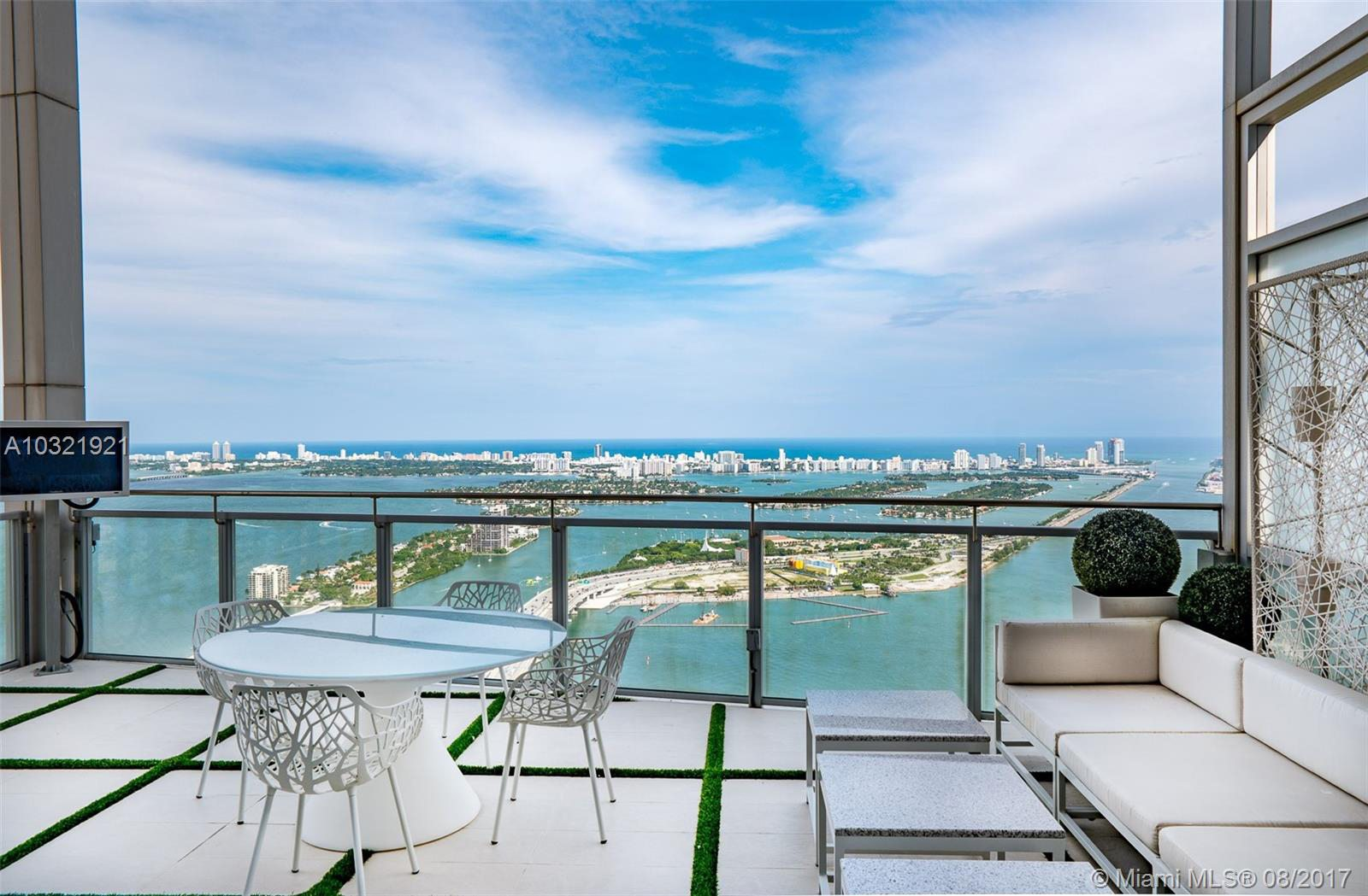 Marquis Residences Penthouse