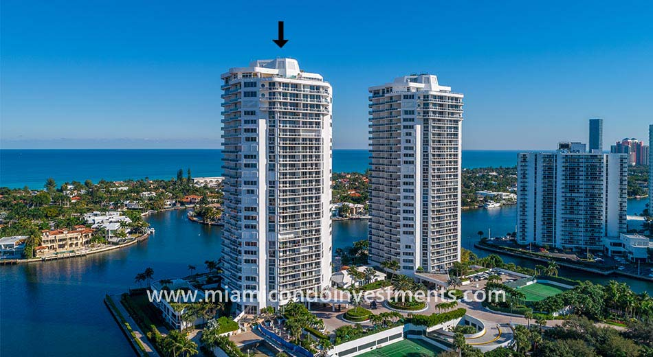 One Island Place 1 condos