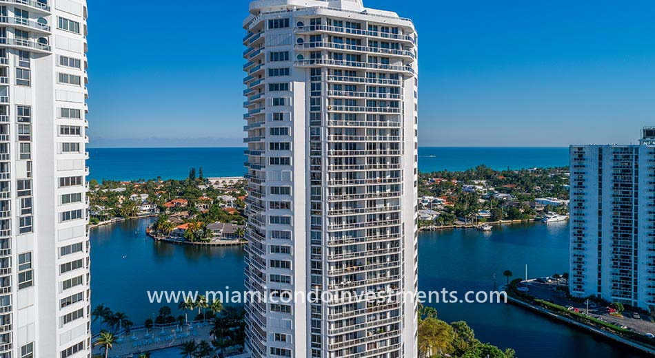 One Island Place II condos in Aventura FL