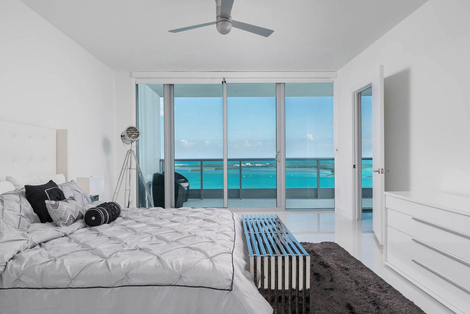 Jade at Brickell Bay master bedroom