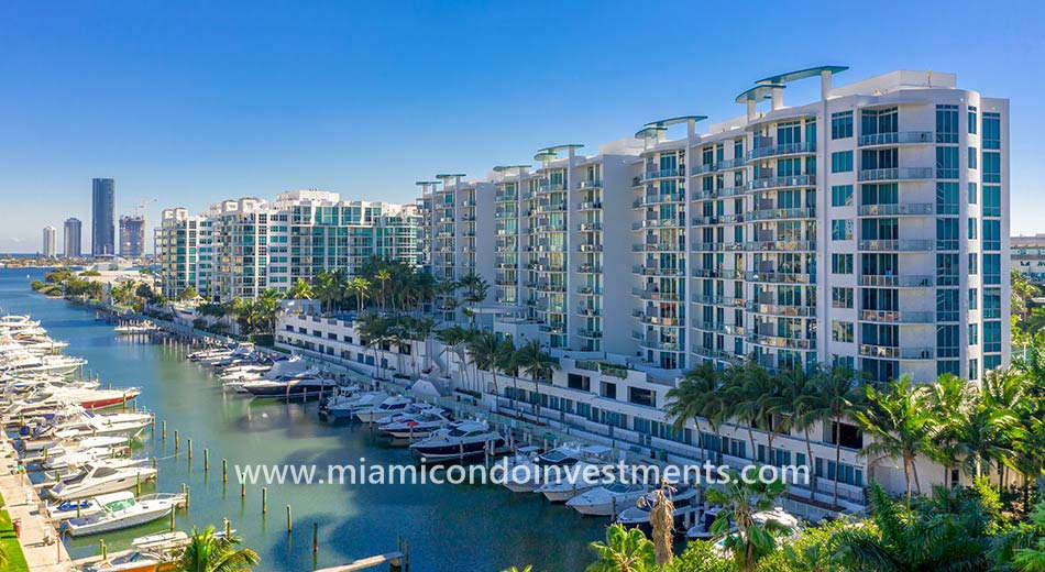 Uptown Marina Lofts condominiums