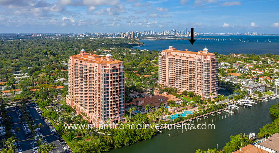 The Gables Club 10 Edgewater Drive