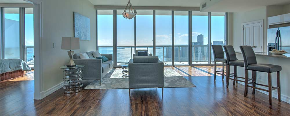 Downtown Miami condo for sale at Marinablue
