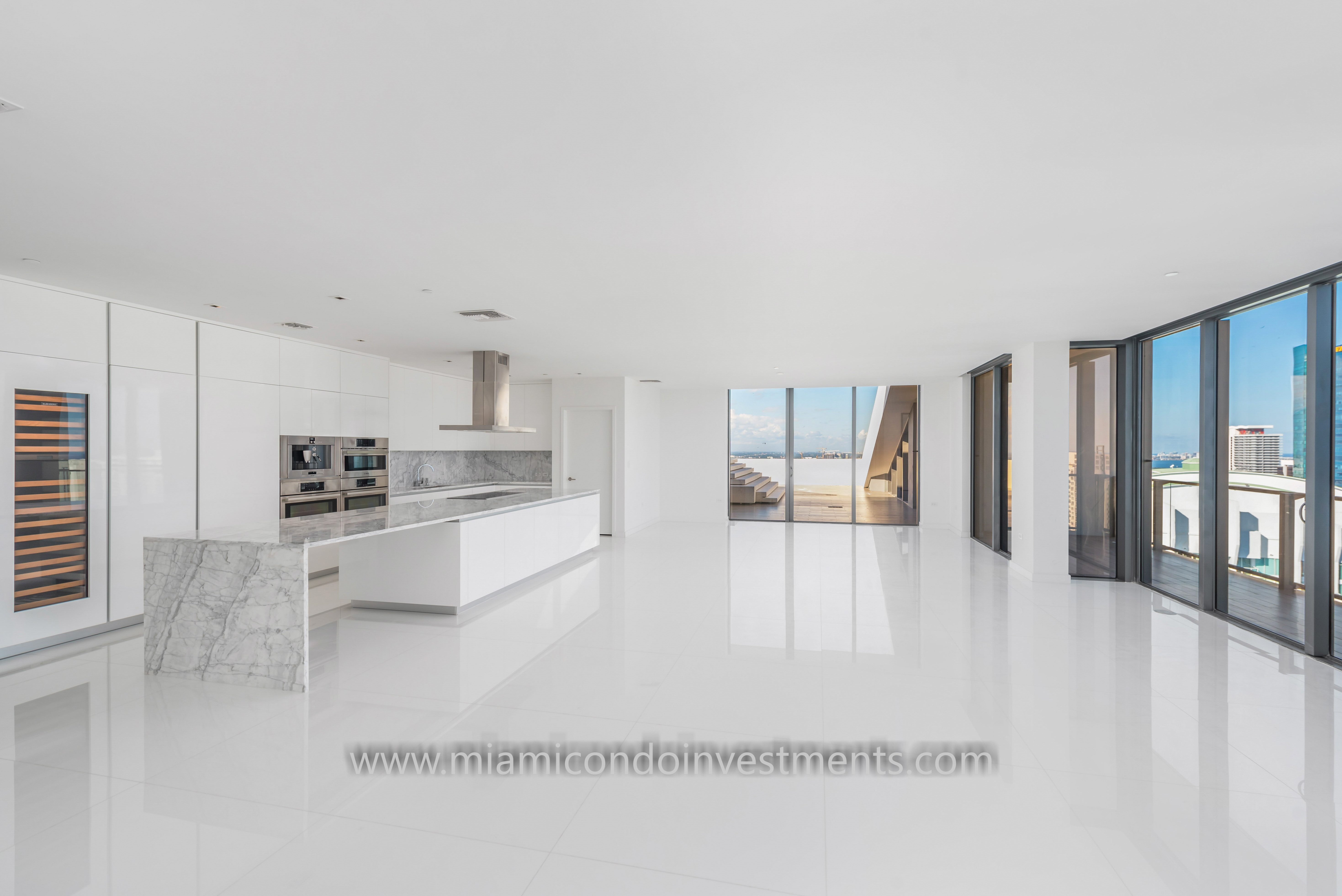 Reach Penthouse Brickell City Centre Kitchen